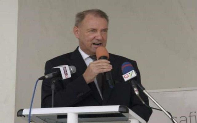 Ambassador Ronald strikker